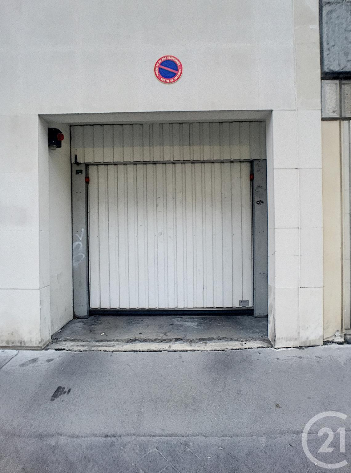 Parking à vendre - 10 m2 - PARIS - 75015 - ILE-DE-FRANCE